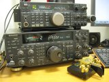 Kenwood TS-450S/AT + Kenwood TS-870 + KENT TWIN PADDLE