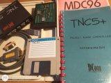 TNC5, USB-RS232 kabel, NULL-MODEM redukce, modul pro provoz rychlostí 9600 Bd, disketa s programem, dokumentace